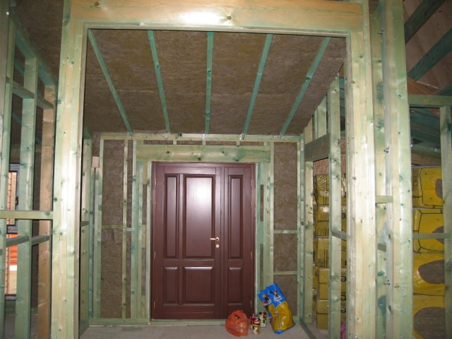 Casa din lemn Barnova Iasi (2)