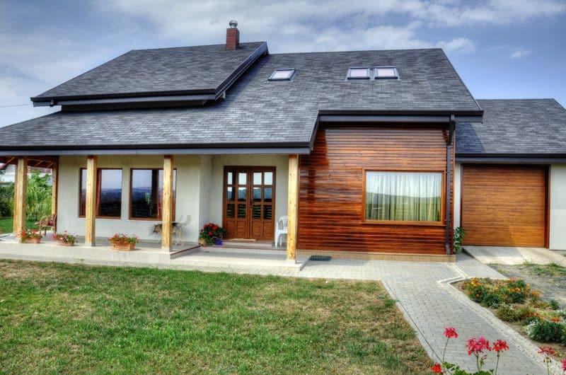 Casa din lemn Itcani Suceava (2)